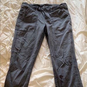 Skinny gray pants